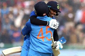This is what Hardik Pandya compared Rohit Sharma's double ton to